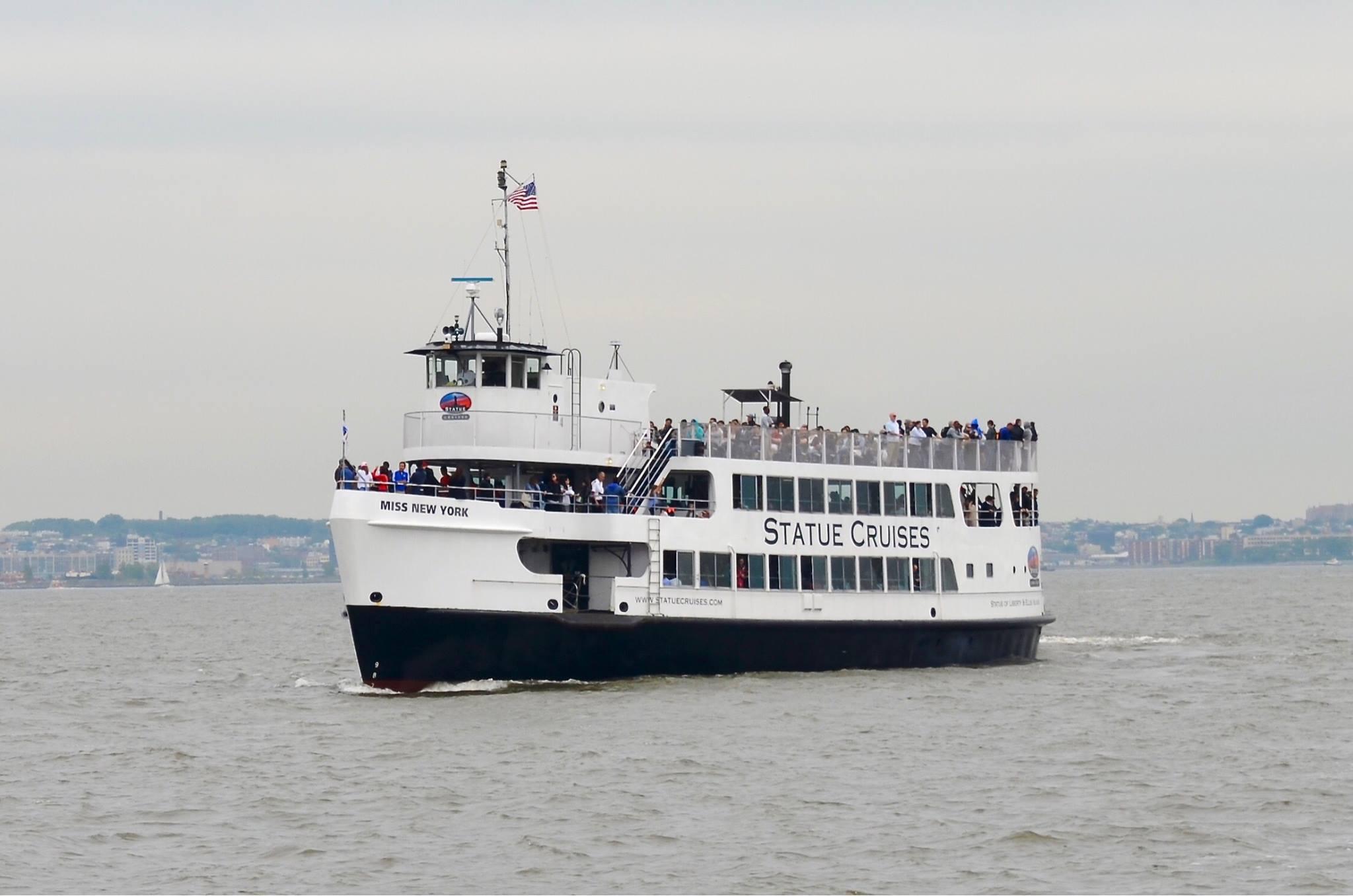 Download Statue Cruise - New York - Ellis Island Ferry Stock Photo - Image  of lempire